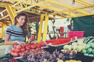 Οι καταλληλότερες τροφές για το καλοκαίρι